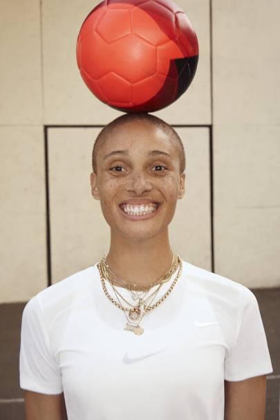 Прошла премьера фильма про успехи женщин в футболе