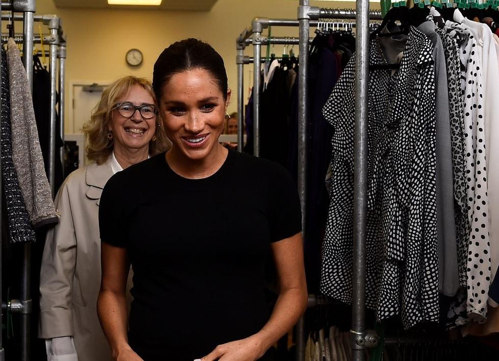 Меган Маркл выпустила капсульную коллекцию одежды