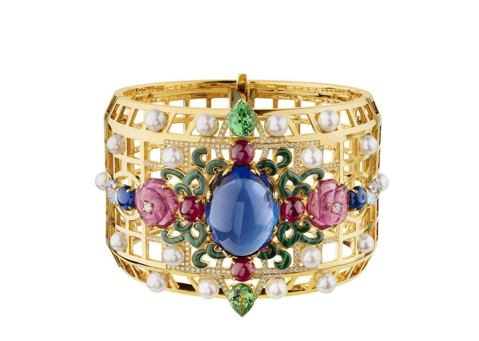 Chanel выпустил ювелирную коллекцию, посвященную России