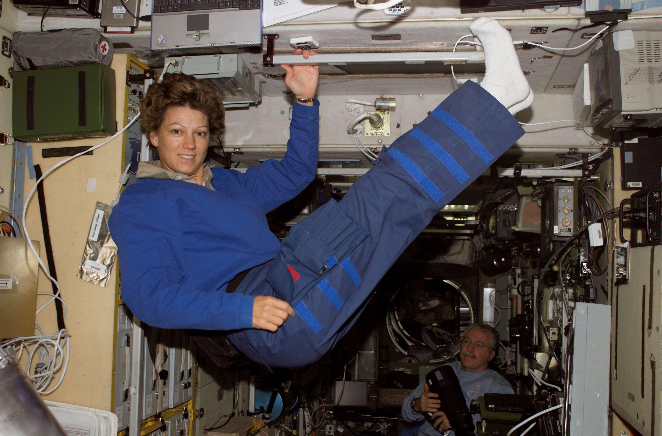 Первая женщина космонавт
