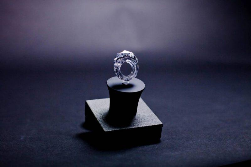 Лучше одно дорогое кольцо, нежели два подешевле.