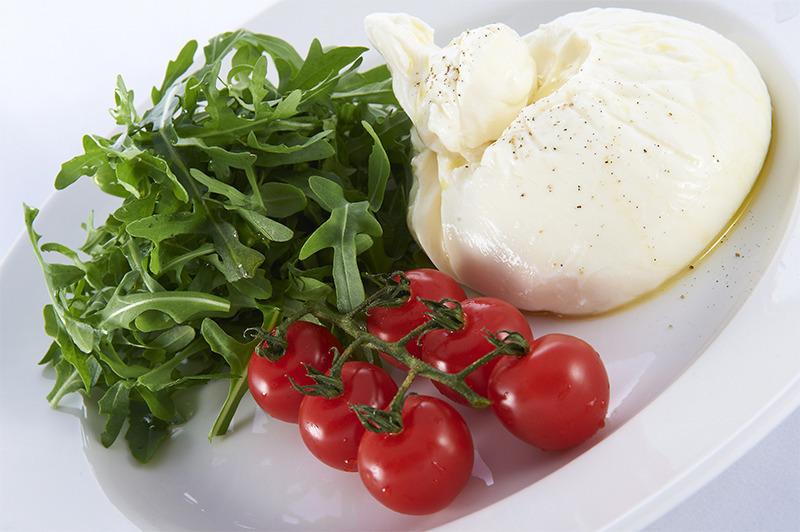Моцарелла и ее питательные свойства