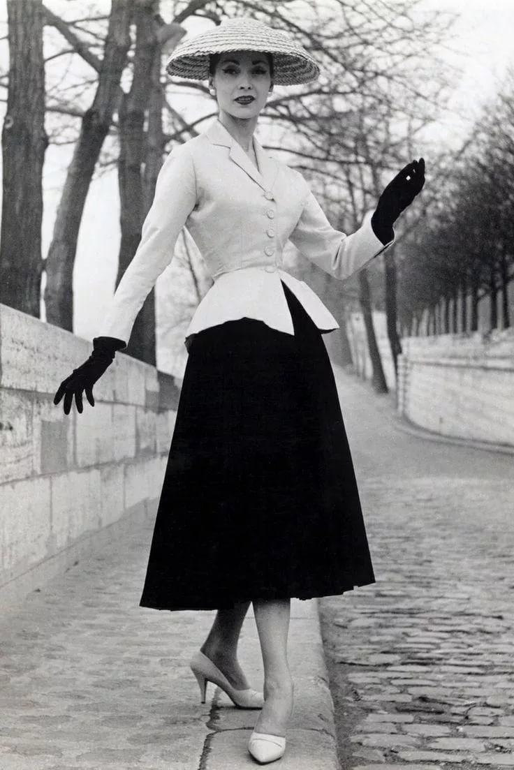 Назад в прошлое: винтажные платья, покорившие мир